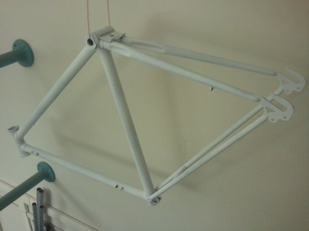 Primer layer on frame